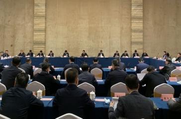 郭浩主席应邀参加福州市龙头企业家代表座谈会